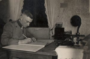 02_w-h-april-1934-in-klein-vielen